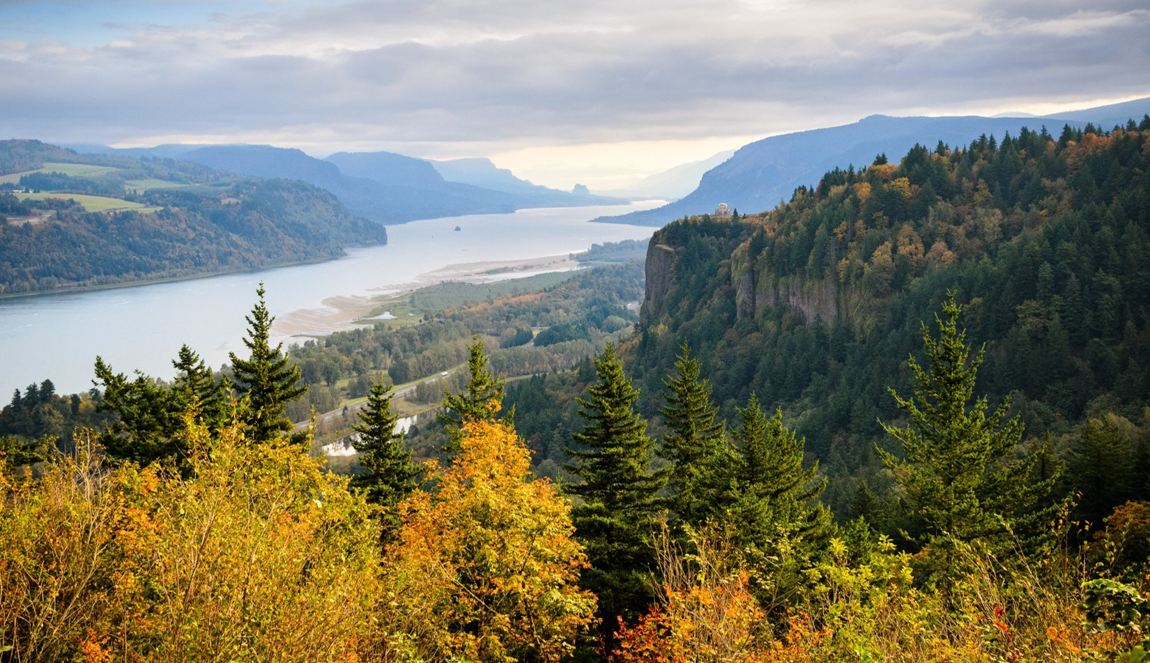 Columbia Gorge in the Fall