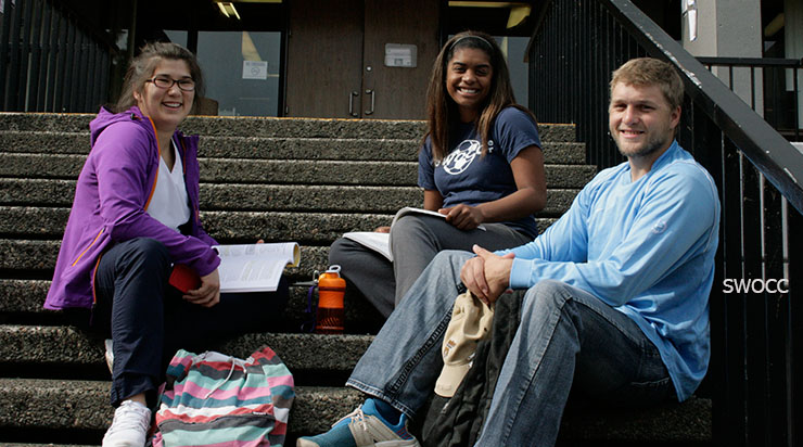 Photo of students, Southwestern Oregon Community College