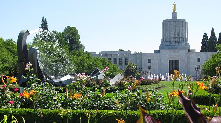 Photo of Oregon capitol building, Salem, courtesy of Dept. of State Lands